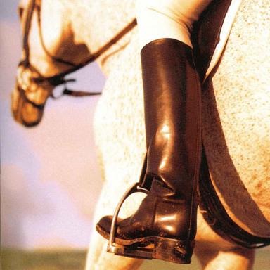 Charles David Footwear