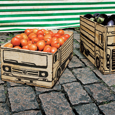 VOLKSWAGEN CUSTOMIZED TRUCKS (FRUIT BOX)