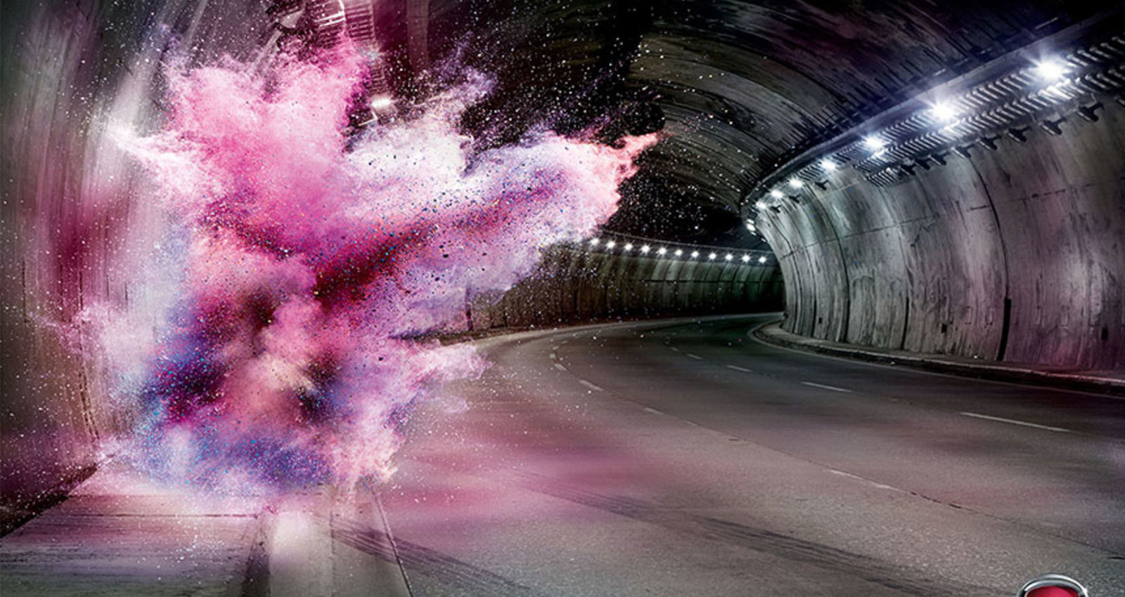 Don't make-up and drive: Tunnel