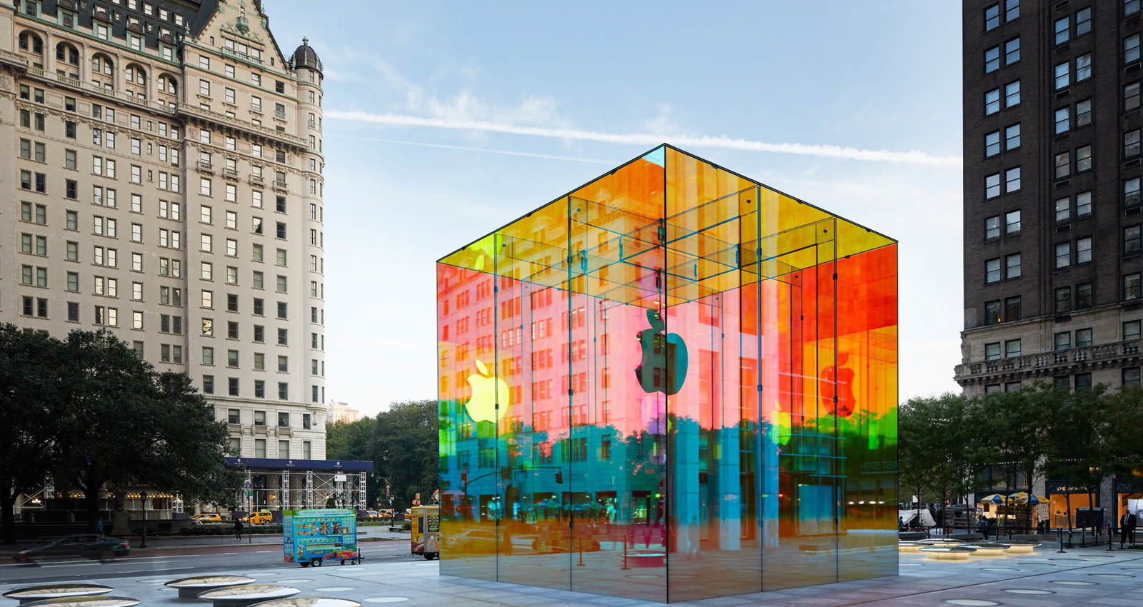 Apple Fifth Avenue Reopening Campaign Installation