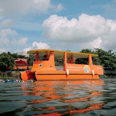 Solar Boat : Clean up Mekong