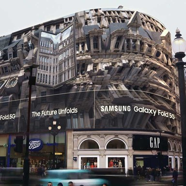 Samsung Folding Piccadilly