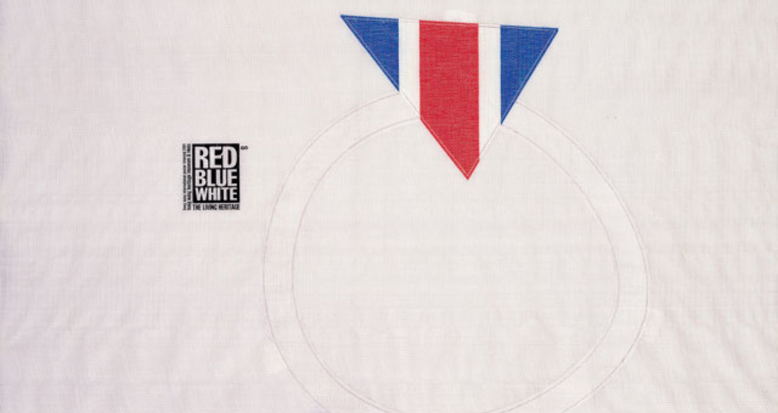 [red  white  blue]