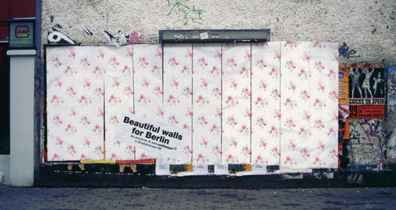 quote;Beautiful-walls-for-Berlinquote;- Blue-Yellowish-Ornaments, quote;Beautiful-walls-for-Berlinquote;-Stripes 'n' Flowers, quote;Beautiful-walls-for-Berlinquote;-Pink Roses