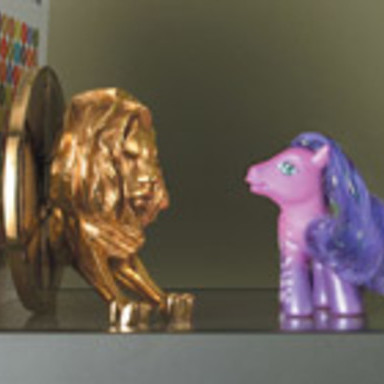 Cannes Lion/Pony